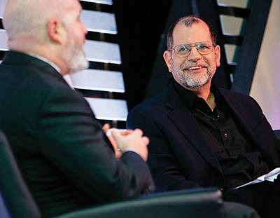 Cowen interviews investment strategist Cliff Asness in 2015. Donner Photos